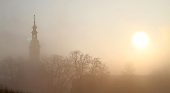 Nebelmorgen am Kloster