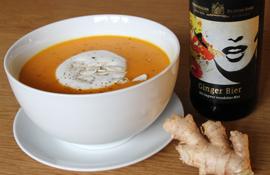 Kürbisschaumsuppe mit Ginger Bier