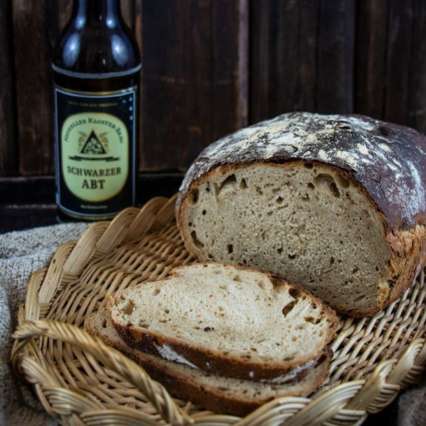 Schwarzbier Brot